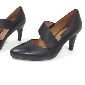 ECCO Womens Classy Black Leather  Heels Size 5